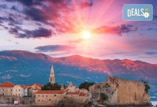 Екскурзия до Будва и Дубровник с посещение на Вишеград, Камен град, Мостар! 4 нощувки със закуски в Сараево, Требине и Будва, транспорт и водач - Снимка 1