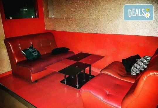 За Вашето парти! Наем на помещение за 2 часа с вътрешен отопляем басейн, 700 мл алкохол, безалкохолни напитки и наргиле от Obsession Club - Снимка 6