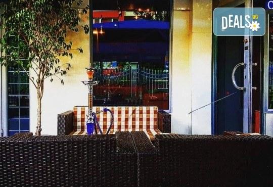 За Вашето парти! Наем на помещение за 2 часа с вътрешен отопляем басейн, 700 мл алкохол, безалкохолни напитки и наргиле от Obsession Club - Снимка 9