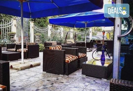 За Вашето парти! Наем на помещение за 2 часа с вътрешен отопляем басейн, 700 мл алкохол, безалкохолни напитки и наргиле от Obsession Club - Снимка 7