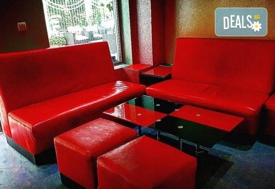 Апетитно и изгодно! Вземете вкусна гофрета и кафе от Obsession Club - Снимка 3