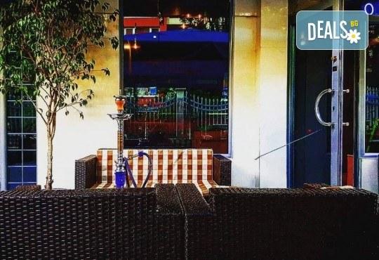 Апетитно и изгодно! Вземете вкусна гофрета и кафе от Obsession Club - Снимка 16