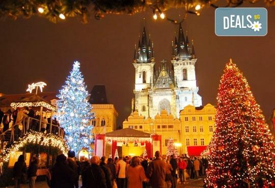 Предколедна екскурзия до Прага със Запрянов Травел! 2 нощувки със закуски в хотел 3*, транспорт и програма - Снимка 1