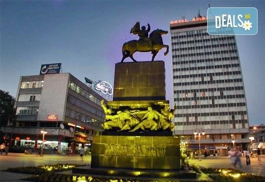 Отпразнувайте Нова година в Ниш, Сърбия! 2 нощувки със закуски в хотел Consul, 2 празнични вечери в ЧАИР с жива музика и напитки без ограничение - Снимка 2