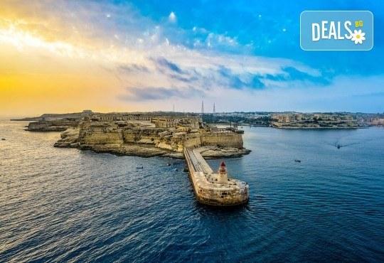 Предколеден уикенд в Малта! 3 нощувки със закуски, самолетен билет, трансфери и водач от ПТМ Интернешънъл - Снимка 4