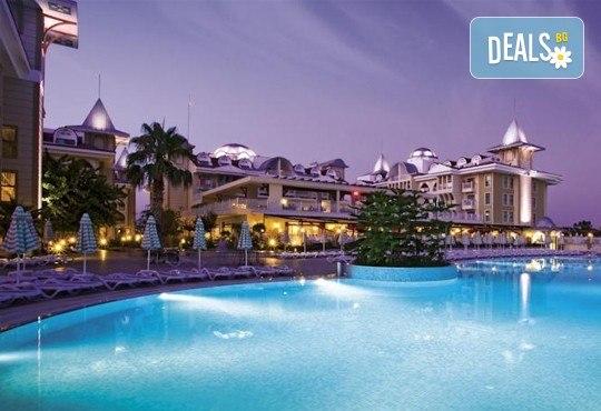 Нова година 2018 в Side Star Resort 5*, Анталия, с Аква Тур! 4 нощувки на база All Inclusive, безплатно за дете до 14.99г., собствен транспорт! - Снимка 11