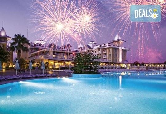 Нова година 2018 в Side Star Resort 5*, Анталия, с Аква Тур! 4 нощувки на база All Inclusive, безплатно за дете до 14.99г., собствен транспорт! - Снимка 1