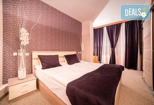 Нова година 2018 в Hotel Nova Riviera 3*, на брега на Охридското езеро! 3 нощувки, 3 закуски, 2 празнични вечери с включени напитки, транспорт и програма - Снимка 7