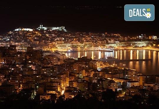 Коледна магия в Кавала, Гърция! Двудневна екскурзия с 1 нощувка със закуска в Hotel Neffeli 2*, транспорт и водач от Комфорт Травел!! - Снимка 2