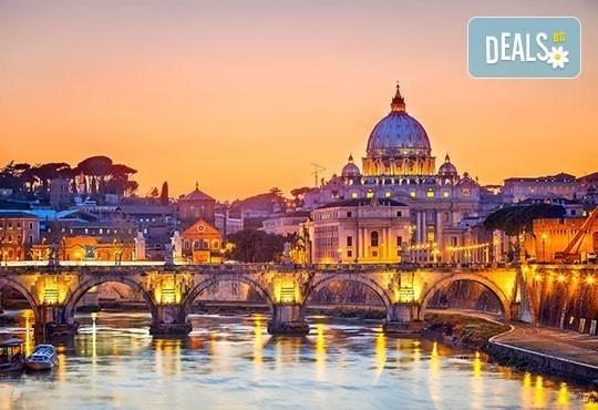 Самолетна екскурзия до Рим със Z Tour! 3 нощувки със закуски в хотел 3*, трансфери, самолетен билет с летищни такси - Снимка 2