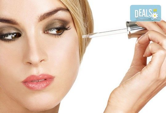 Дълбоко почистване на лице с ултразвукова шпатула и подхранваща ампула според типа кожа в студио за красота Шедьовър - Снимка 2