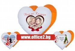 Подарете за празниците! Възглавница сърце със снимка на клиента и надпис пожелание от Офис 2 - Снимка
