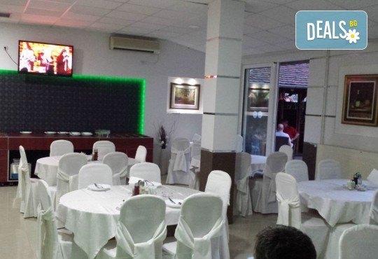 Нова година в Gros Hotel 2*, Лесковац, Сърбия! 2 нощувки със закуски, 1 вечеря с неограничени напитки и музика на живо, транспорт и посещение на Ниш и Пирот! - Снимка 5