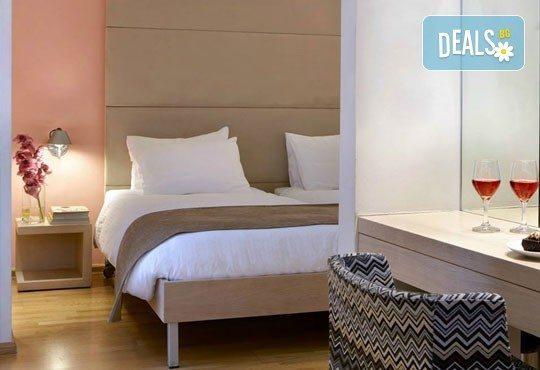 Нова Година в бутиковия Olympia Hotel 3*+ в Солун! 3 закуски, 3 нощувки, 2 вечери и Новогодишна вечеря! Собствен транспорт - Снимка 5