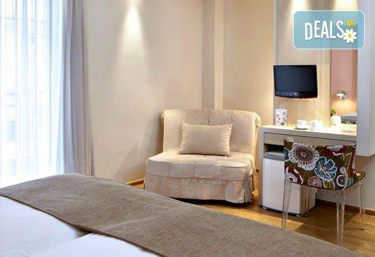 Нова Година в бутиковия Olympia Hotel 3*+ в Солун! 3 закуски, 3 нощувки, 2 вечери и Новогодишна вечеря! Собствен транспорт - Снимка 7