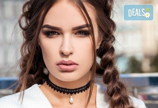 Подстригване, дълбока терапия за коса по избор - против пърхот, косопад, арганова, кератинова или с ботокс ефект, и оформяне на прическа със сешоар, преса или плитка в Beauty Vision! - Снимка 1