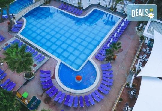 Нова Година във Fafa Premium Hotel 4+*. Дуръс, Албания! 3 нощувки със закуски и вечери, Новогодишна вечеря, транспорт и водач! - Снимка 8