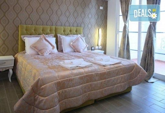 Нова Година във Fafa Premium Hotel 4+*. Дуръс, Албания! 3 нощувки със закуски и вечери, Новогодишна вечеря, транспорт и водач! - Снимка 2