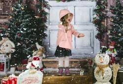 Направете незабравим подарък на себе си или любим човек! Професионална Коледна фотосесия в студио и обработка на всички заснети кадри от Chapkanov photography! - Снимка