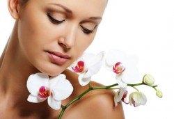 Дълбоко почистване на лице в 10 стъпки, терапия по избор: колагенова мезотерапия или терапия против акне с био козметика на водещата немска фирма Dr. Spiller в студио Beauty, Лозенец! - Снимка