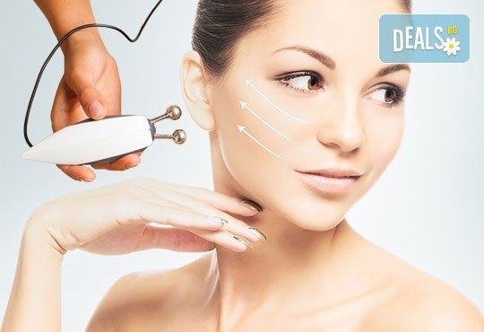Почистване на лице с био козметика на Dr. Spiller и микродермабразио в студио за красота Beauty, Лозенец! - Снимка 2