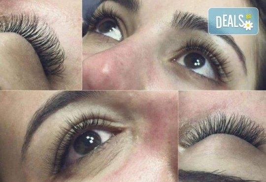 За пухкави и естествени мигли! Удължаване и сгъстяване чрез метода руски обем - 5, 6, 7D ефект с косъм от норка и 20% отстъпка от поддръжка от Hellan Beauty & Slim - Снимка 4