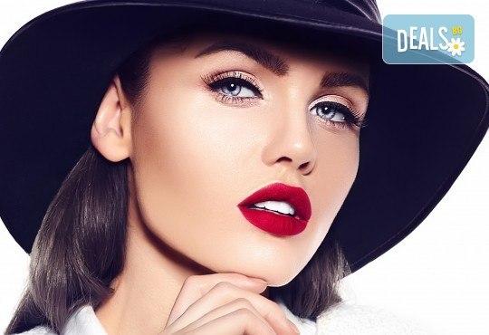За пухкави и естествени мигли! Удължаване и сгъстяване чрез метода руски обем - 5, 6, 7D ефект с косъм от норка и 20% отстъпка от поддръжка от Hellan Beauty & Slim - Снимка 2