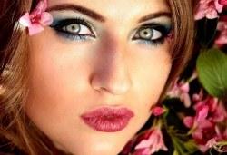 Професионален грим по избор - дневен, вечерен, сватбен на адрес на клиента и бонус: поставяне на мигли от Makeup Nails and Lashes by Katerina Nik - Снимка