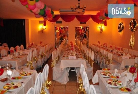 Нова година в Hotel Derici 4*, Кушадасъ, Турция! 4 нощувки със закуски и вечери, Новогодишна вечеря с неограничени напитки! Дете до 6 години - безплатно! - Снимка 3