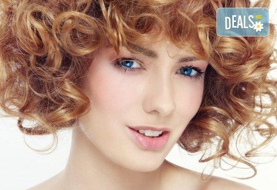 Масажно измиване с продукти според типа коса, подстригване и оформяне на прическа със сешоар - прав, разчупен или букли в студио за красота Мария! - Снимка 2
