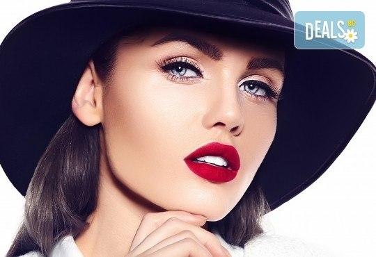 За съблазнителен поглед! Удължаване и сгъстяване на мигли - косъм по косъм, 3D или 5D - Russian Volume, с естествен косъм от норка в Studio Еxtravagant! - Снимка 2
