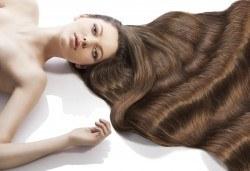 Нова визия с подстригване, арганова терапия, масажно измиване и прав сешоар, в салон за красота Diva! - Снимка