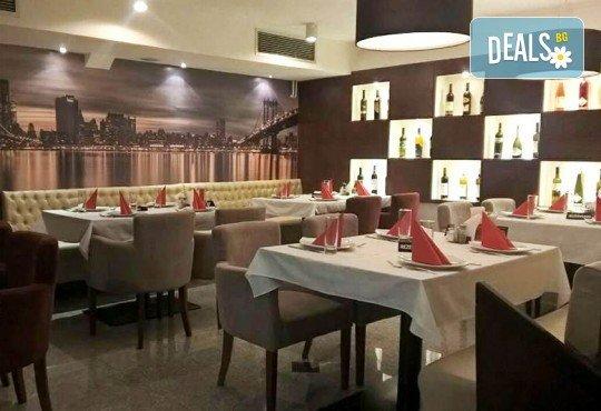 Отпразнувайте Нова година в Ниш, Сърбия! 2 нощувки със закуски в хотел 3*, 2 празнични вечери в J.M.-IMPER с жива музика и напитки без ограничение - Снимка 5