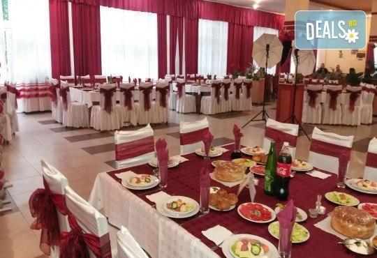 Нова година 2018 в Сокобаня, Сърбия, с Джуанна Травел! 2 или 3 нощувки във вили, All inclusive изхранване в ресторант Завода, възможност за транспорт - Снимка 4