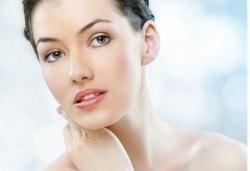 Антиейдж терапия за лице с козметика Glory и японски подмладяващ масаж Зоган в салон за красота Madonna! - Снимка