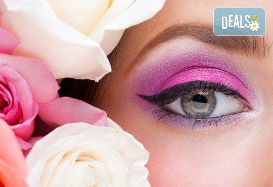 Най-новият писък в грима! Перманентен грим очна линия, тип омбре, за по-естествени и дълготрайни резултати в салон Sin Style - Снимка 2