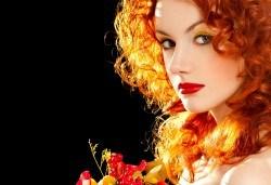 Есенна терапия за коса с дарсонвал срещу косопад и пърхут и оформяне на прическа по избор от Женско царство! - Снимка