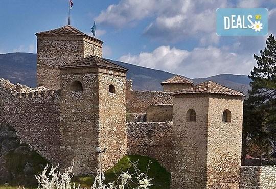 За 1 ден през ноември или декември до Пирот, Ниш и Нишка баня! Транспорт, екскурзовод и панорамна обиколка - Снимка 6
