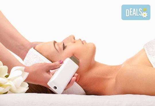 С грижа за Вашата кожа! Почистване на лице с ултразвукова шпатула или антиакне терапия в Anima Beauty&Relax - Снимка 3