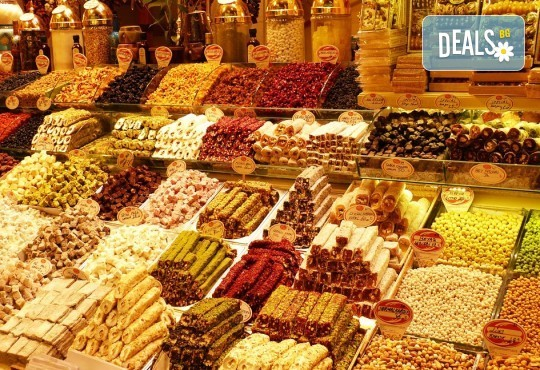 Предколеден шопинг в Одрин и Чорлу, Турция! Еднодневна екскурзия с транспорт и водач от Молина Травел! - Снимка 1