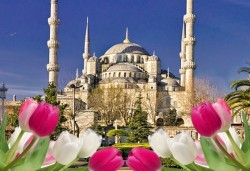 Ранни записвания за приказния Фестивал на лалето в Истанбул през април 2018! 2 нощувки със закуски, транспорт и бонус: посещение на църквата Първо число - Снимка