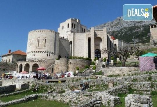 Майски празници, екскурзия до Албания с Глобал Тур! 2 нощувки със закуски в хотел 3*, транспорт, водач и програма в Дурас и Елбасан - Снимка 7