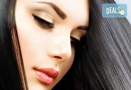Ресници като от реклама! Ламиниране, ботокс и боядисване на мигли от NSB Beauty Center! - Снимка 2