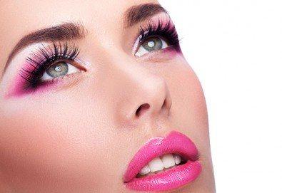 Блестящ поглед! Поставяне на диамантени мигли със смола технология косъм по косъм в NSB Beauty Center! - Снимка