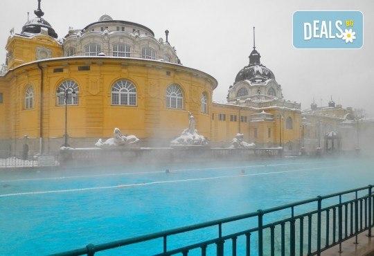 Коледна магия в Будапеща и Виена! 2 нощувки със закуски, транспорт, водач и панорамни обиколки - Снимка 7