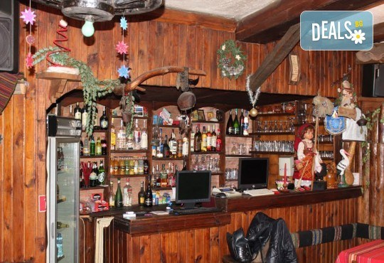 SPA в Добринище! 2 нощувки със закуски и 1 вечеря за ДВАМА в къща за гости Андрееви, отстъпка за ползване на минерален басейн! - Снимка 7