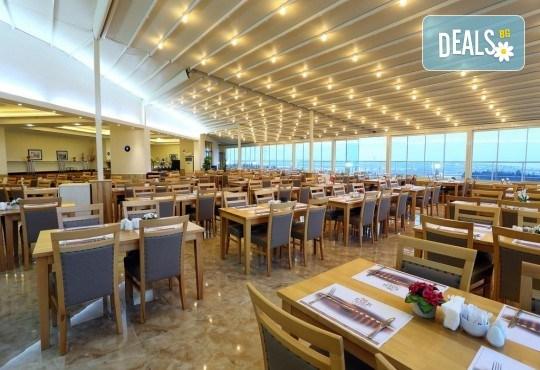Последни места за Нова година в Eser Diamond Hotel 5*, Силиври, Турция! 2 нощувки с 2 закуски, 1 стандартна и 1 празнична вечеря, празнична програма и ползване на СПА! Безплатно за дете до 3 години! - Снимка 4