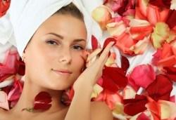 Красива и млада кожа с антиейдж терапия за лице с розово масло в салон за красота Престиж, Яворец! - Снимка