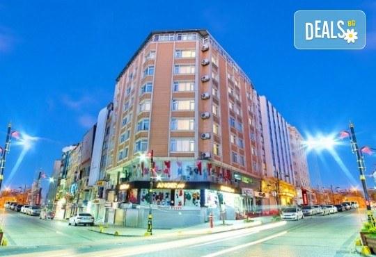 Уикенд в Истанбул за Коледа с Дениз Травел! 2 нощувки със закуски в Sahinler 3*, транспорт, водач и програма - Снимка 2