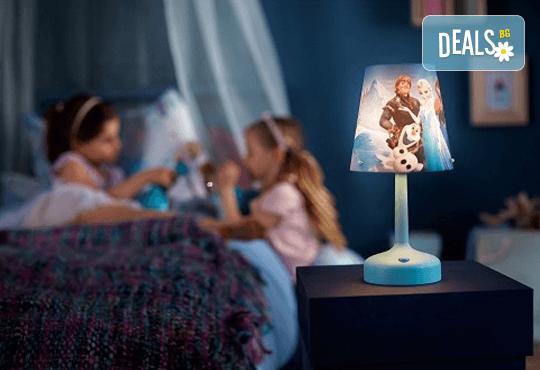 Изненадайте своя малчуган с преносима LED лампа на Philips с обичаните герои от анимацията на Disney Frozen! - Снимка 2